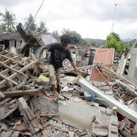 Fresh 6.9-magnitude earthquake hits Indonesia's Lombok island