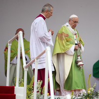 Pope to Irish bishops: Way Church confronts abuse 'can offer an example to society as a whole'
