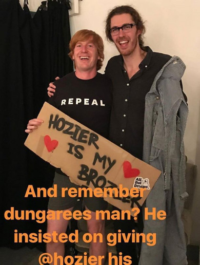 Hozier had a wholesome reunion with the guy who gave him his dungarees during a show