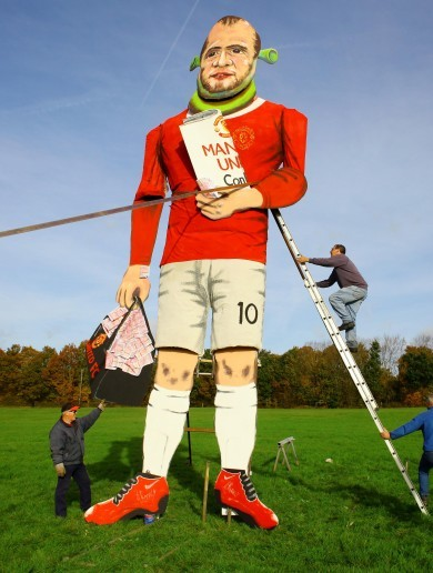 49-foot effigy of Wayne Rooney ready for Bonfire Night