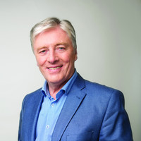 Pat Kenny to stay with Newstalk for at least another two years