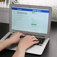 Worker who posted derogatory Facebook memes about 'bosses' awarded €7,700