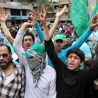 Syrian activists: Homs calm as UN team visits