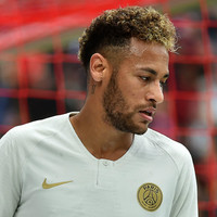 Neymar eager to repay supporters' affection after giving shirt to crying boy