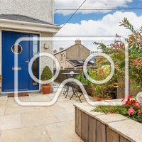 Seaside charm and three bedrooms for €415,000 in Bray