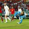 46 days to Euro 2012: Maniche breaks Dutch hearts