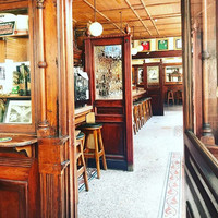 The Easter Rising holdout where a Leinster captain pulled pints: The incredible history of the Swan Bar