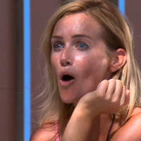 Apparently, Love Island bosses are planning a Christmas reunion episode