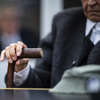 Former Nazi concentration camp guard (94) breaks down during first day of trial