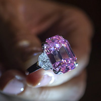 'Incomparable' pink diamond aiming to sell for €44m could smash record at Geneva auction