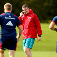 Mathewson extends stay with Munster as Farrell returns to full training