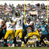 Steelers score 20 unanswered points to snatch late win against Jacksonville