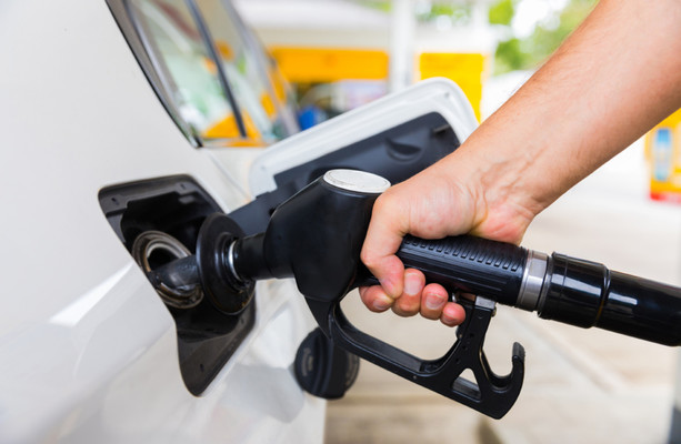 Taoiseach: 'Householders will have pay more to fill their cars, for electricity and gas under carbon tax hikes'