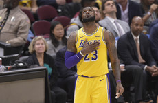 LeBron gets standing ovation on his return to Cleveland as Lakers beat Cavs