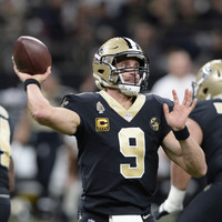 Brees throws four touchdown passes as Saints down Falcons to hit 10-game winning streak