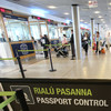 Man entering Ireland for sham marriage caught after his texts were checked by immigration officials