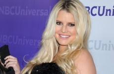 Jessica Simpson gives birth to a baby girl