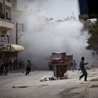 VIDEO: Syrian government forces accused of war crimes in Idlib