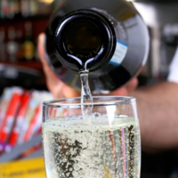 I tried 10 Proseccos under €10, and here's what to stock up on for your NYE party