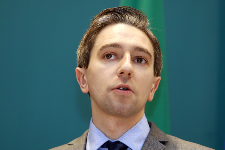 Health Minister Simon Harris says the Seanad should sit on Monday and Friday in order to ensure the passage of the legislation.