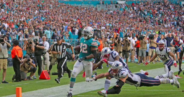 A Miami miracle! Dolphins defeat Patriots on miraculous final play
