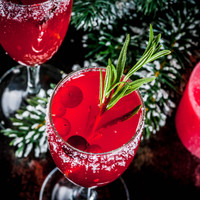 These 3-ingredient cocktails make for the perfect Christmas tipple