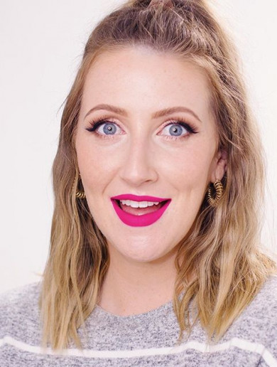 This brutally honest Irish MUA mam should be your next must-follow