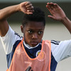 Highly promising 15-year-old midfielder signs professional contract at Celtic