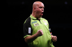 Van Gerwen, Anderson through to quarter-finals of World Darts Championship
