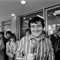 Larry Gogan is leaving RTÉ's 2FM after 40 years