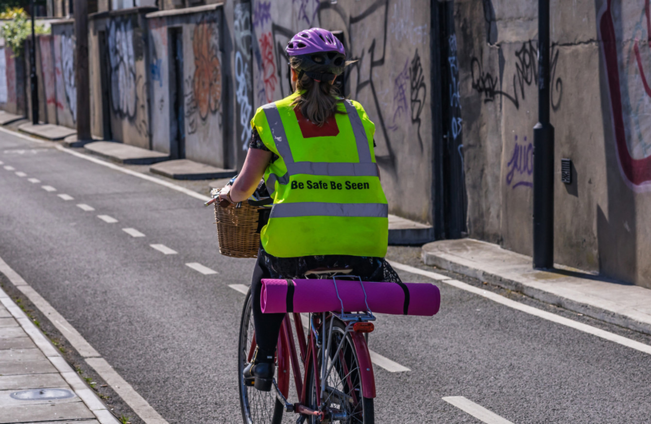 fed0e45c1 Government plans to build on existing rules that govern cycling and driving  rules.