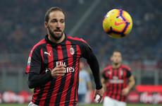 Higuain could be on his way to the Premier League after Chelsea 'agree terms'