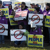 US shutdown: Unpaid workers forced to take out loans and sign up for benefits