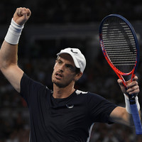 Murray's fightback falls short in possible farewell match at Australian Open