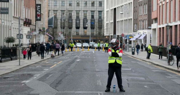 'Get in here now!' - Activists lament low turnout at Yellow Vest Ireland-supported Dáil protest