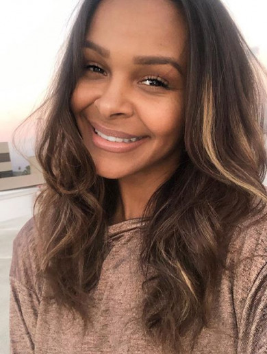 What's in my makeup bag? Samantha Mumba