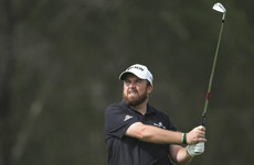 Lowry finishes strong but hopes of achieving back-to-back wins fades in Dubai