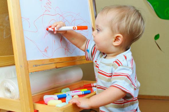 Babies who hear two languages at home have a better ability to concentrate