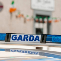Gardaí investigate after man (35) dies in single vehicle collision