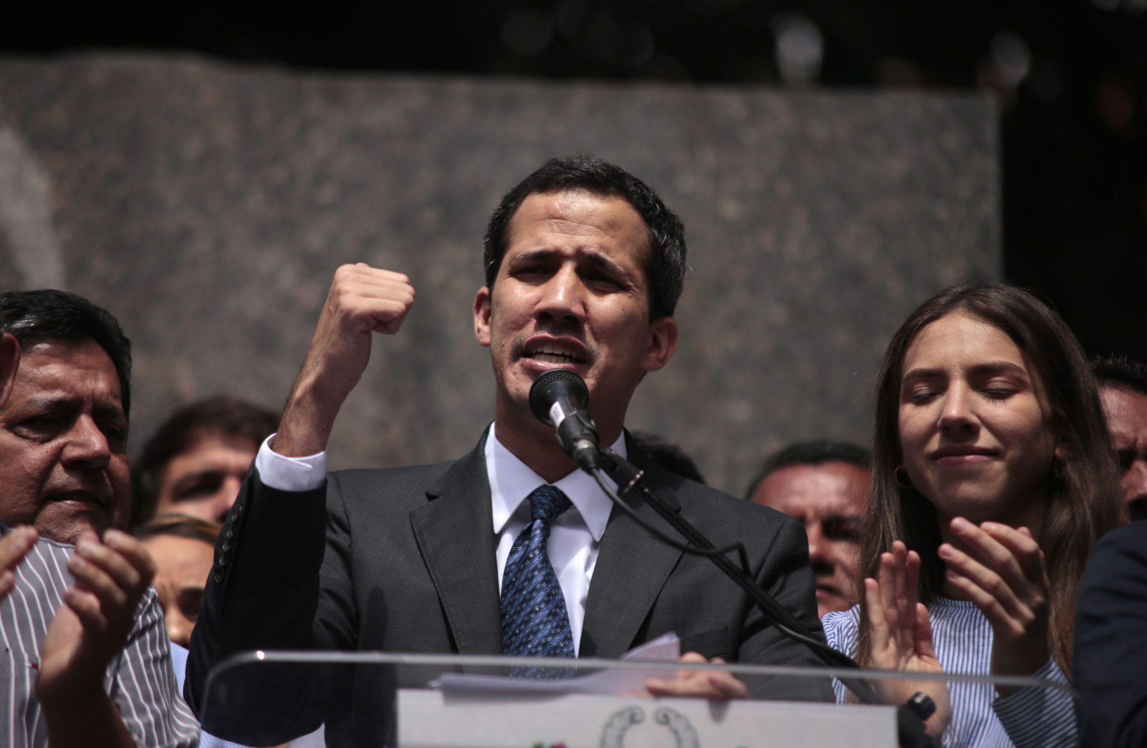 Juan Guaido calls on military to allow aid into Venezuela