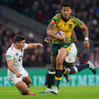 Folau ends speculation over future by signing new Wallabies deal