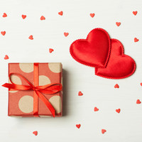 We asked you about the worst Valentine's gift you've ever gotten, and it looks like some of you got shafted