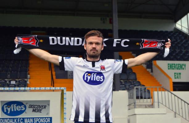 Dundalk sign former Burnley full