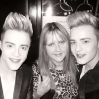 'We love you Mammy': Jedward pay tribute as their mother passes away