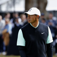 Scott and Thomas lead at rain-hit Riviera as Tiger Woods laments 'awful' putting