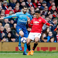 Alexis accused of losing his hunger while Mkhitaryan 'doesn't know what he is doing'