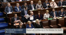 Simon Harris says 'bring it on' in defiant tweet ahead of Dáil motion of no-confidence today