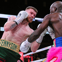 World-title challenger Tennyson added to TG4 Irish-title bill on 30 March
