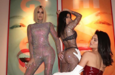 How to take a celeb-worthy thirst trap for Insta, à la Khloe Kardashian