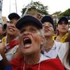 Crowds gather as Juan Guaidó returns to Venezuela